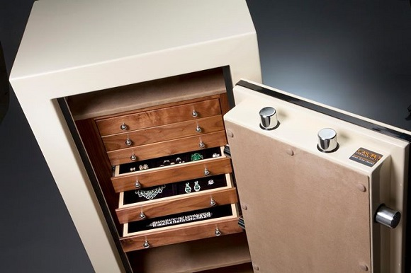 Luxury Jewelry Safes Box at BaselWorld 2014 – The Watch and Jewellery Show