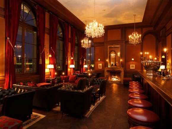 LES TROIS ROIS BAR  The 9 Best Things to do at Night in Basel Bar quer