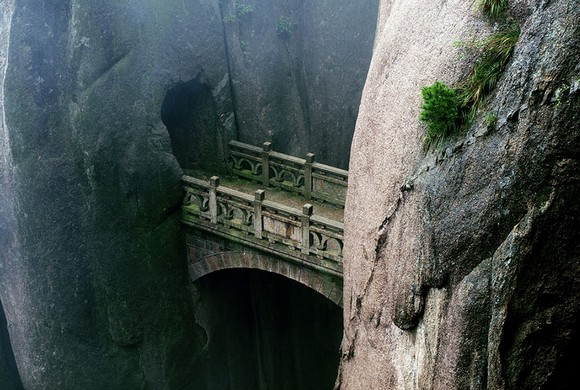 Art works that survived the passage of the years, traveling around the world, old bridges, art works, scenes of nature, Art Space, Basel Shows  Art works that survived the passage of the years Huangshan Anhui China